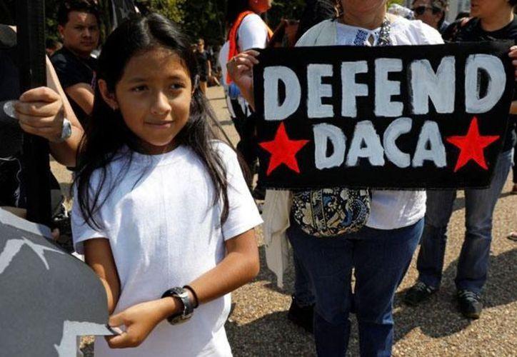 """Una corte de apelaciones de Estados Unidos resolvió que el programa de protección a los """"Dreamers"""" debe continuar. (Reuters)"""