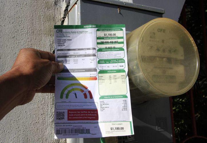 Las tarifas de octubre se calcularon con base en la participación de los combustibles en los procesos de generación de energía. (Tomás Álvarez/SIPSE)