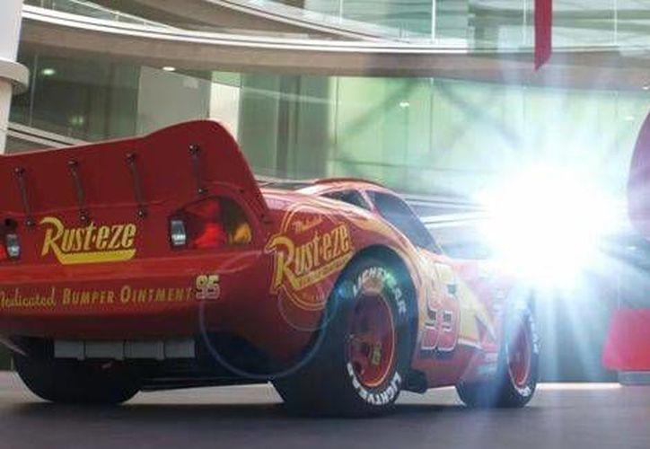 Este martes se dio a conocer el nuevo adelanto de la película 'Cars 3', el cual será estrenada en el mes de junio.(Captura de pantalla/Youtube)