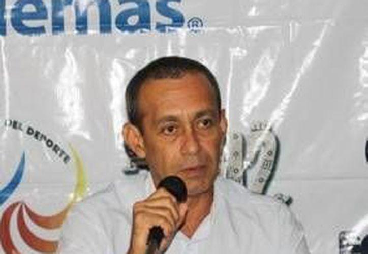Juan Antonio Casarrubias asegura que el evento tendrá nuevas marcas de participación. (Raúl Caballero/SIPSE)