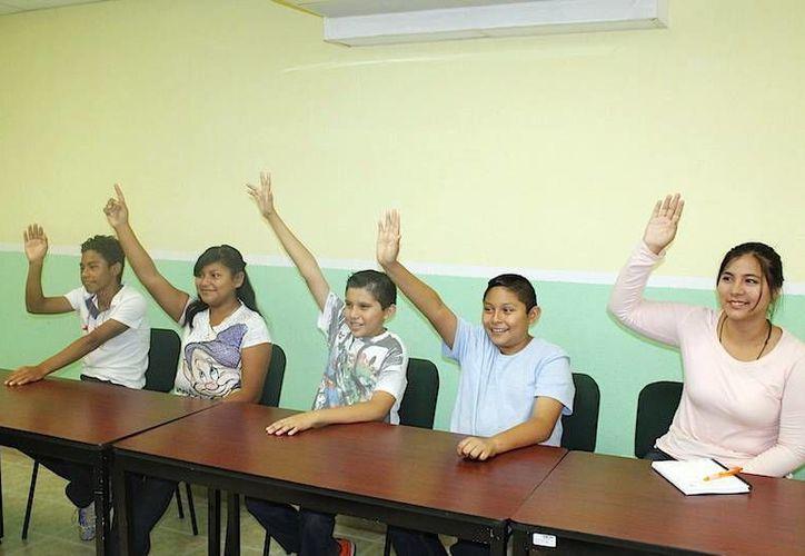 """Algunos de los alumnos que tomaron el curso """"La música como parte de una educación integral"""". (Milenio Novedades)"""