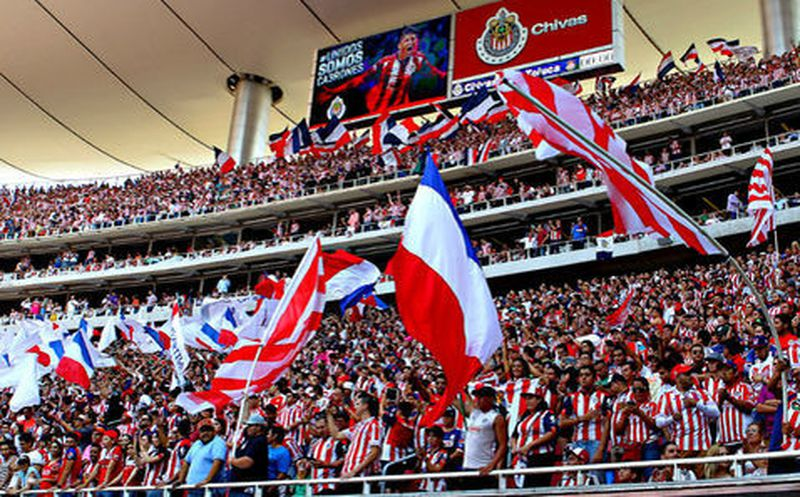 Ruge Tigres en amistoso ante Chivas