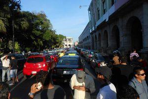 Protesta pública de Uber y Cabify en Mérida