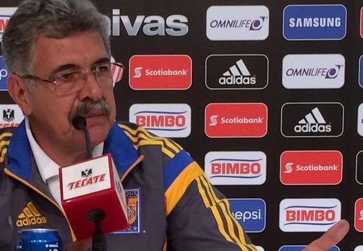Ricardo 'Tuca' Ferretti es el nuevo entrenador interino de la Selección Mexicana de Futbol, de acuerdo a record.com.mx (Notimex)