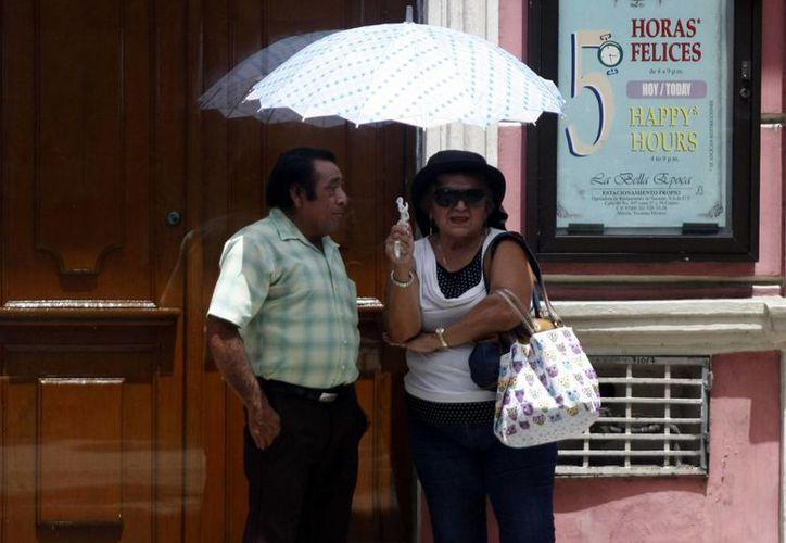Las temperaturas calurosas se mantienen en Yucatán. Ayer, Mérida estuvo a 34.7 grados. (Christian Ayala/SIPSE)