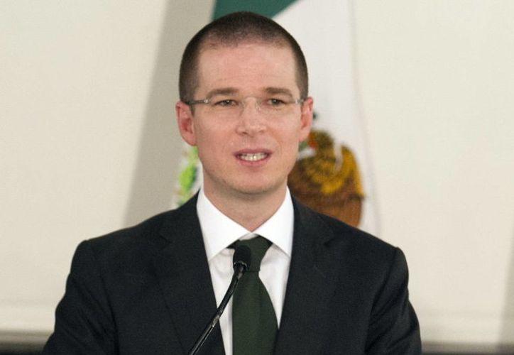 Anaya Cortés informó que se entregará la Medalla Eduardo Neri a Fernando Landeros Verdugo, presidente del Teletón. (Notimex)