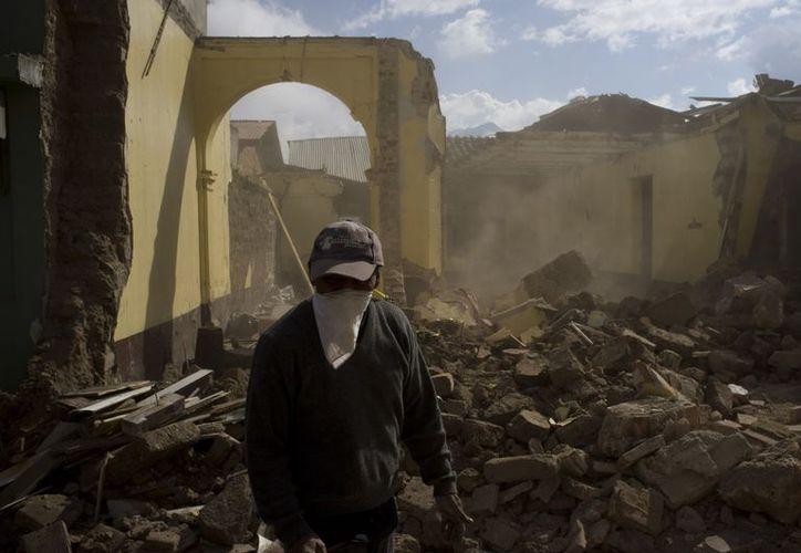 El 7 de noviembre un temblor de 7.2 grados en la escala de Richter azotó al país centroamericano. (Agencias)