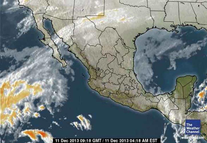 Reportan entrada de aire marítimo tropical con poco contenido de humedad, proveniente del Golfo de México y mar Caribe hacia la Península de Yucatán. (Foto/espanol.weather.com)