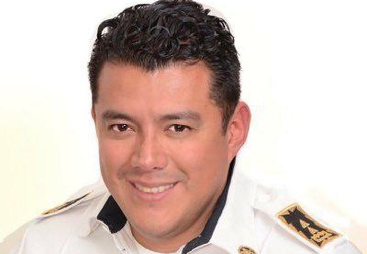 Ismael Figueroa, junto con dos de sus compañeros, se encuentra en el Hospital Mocel. (cronicapoliciaca.com)