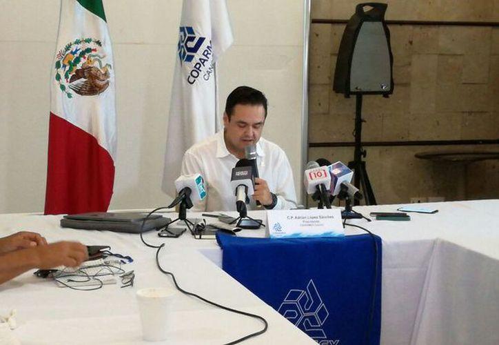 El presidente de la Coparmex, Adrián López Sánchez, dio los pormenores del foro. (Ivette Ycos/SIPSE)
