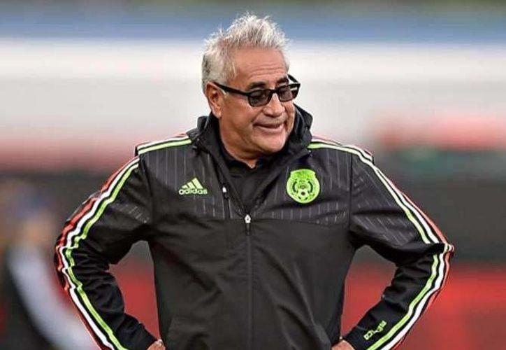 Leo Cuéllar, quien dirigió por muchos a la Selección Femenil, se hará cargo del América en el inicio de la Liga de Futbol de mujeres.(Foto tomada de Mediotiempo)
