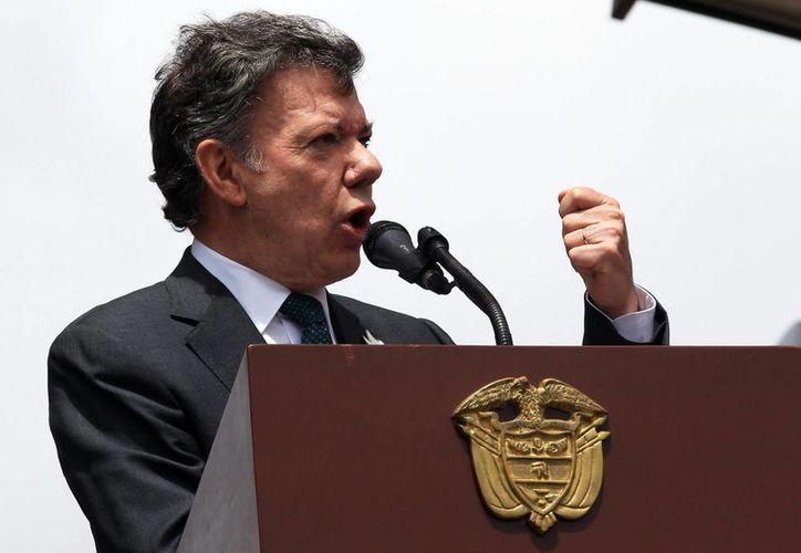 El presidente Santos advirtió que el Estado colombiano enfrentará al ELN 'a fondo'. (EFE/Archivo)