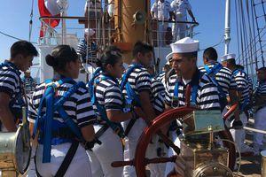 Arribo del Buque Escuela Cuauhtémoc al puerto de Acapulco