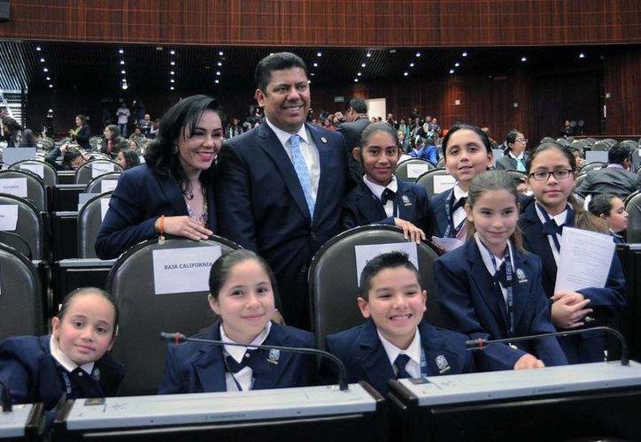 Imagen del presidente de la Cámara de Diputados, Javier Bolaños, durante la inauguración del X Parlamento de Niños y Niñas de México. (@Mx_Diputados)