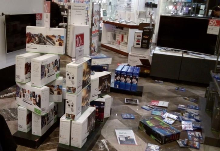 A parte de las consolas, se robaron celulares y cámaras digitales. (Foto: Radiofórmula)