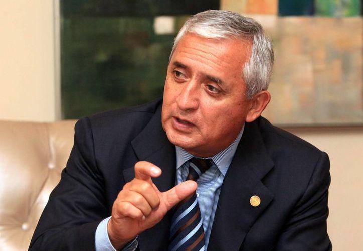 El presidente de Guatemala, Otto Pérez Molina, estaría involucrado en una red de defraudación aduanera en la que están involucradas casi medio centenar de personas. (EFE)
