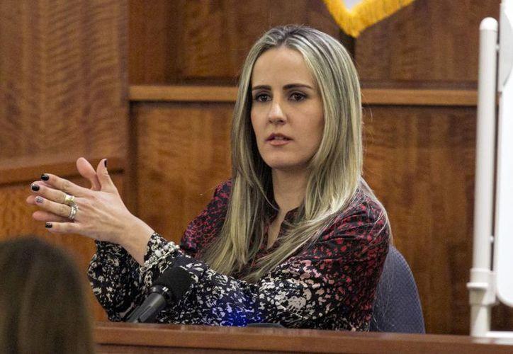 La supervisora Grazielli Silva dijo que acudían regularmente a la casa de Aaron Hernández en las semanas anteriores al crimen. (Foto: AP)