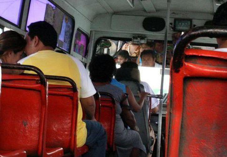 En Mérida la tarifa de adulto en los autobuses urbanos es de seis pesos. (SIPSE)