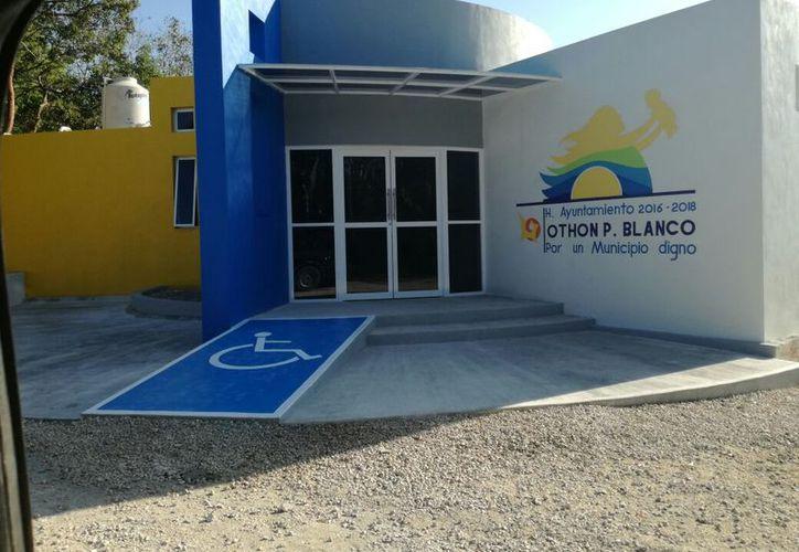 La construcción del inmueble costó un millón 300 mil pesos, pero no se brinda el servicio de salud. (Carlos Castillo/SIPSE)