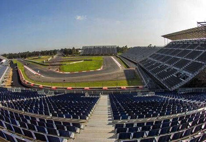 La fiesta de la Fórmula Uno en México comenzará el próximo viernes 28 de octubre y culminará el domingo 30, con la carrera principal. En la foto, el Autódromo Hermano Rodríguez.(Notimex)