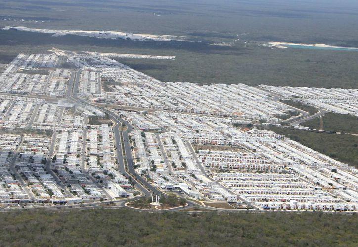 El desarrollo del fraccionamiento Los Héroes es por etapas y continúa en expansión. Vista aérea de la zona. (Milenio Novedades)