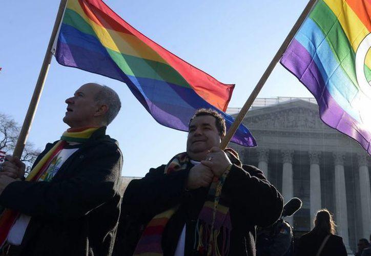 El Congreso brasileño tiene en discusión una reforma constitucional que autoriza el reconocimiento del matrimonio entre cualquier persona. (Archivo/EFE)
