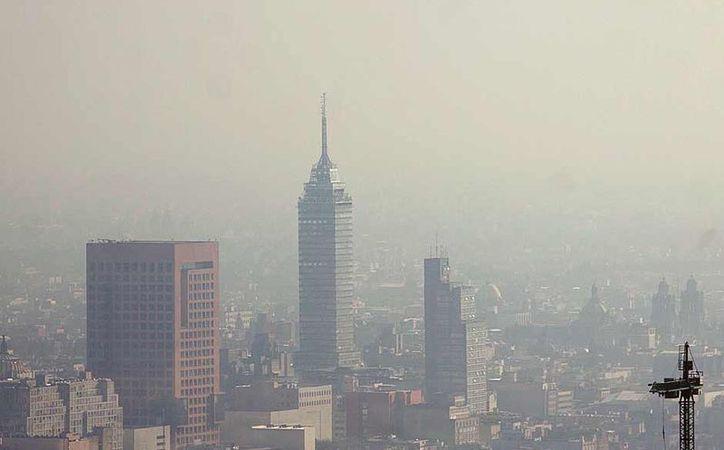 Los autos no son la principal fuente de contaminantes en la Ciudad de México. (Contexto/Internet)