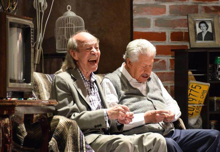 El comediante Manuel Valdés, El Loco, cumplirá 84 años este jueves al lado del nonagenario Ignacio López Tarso. Ambos trabajan en la obra teatral 'Aeroplanos'. (itca.gob.mx/Foto de archivo)