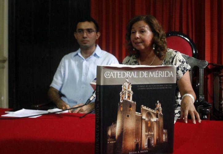 El curso se realizará este sábado de 9 de la mañana a 5 de la tarde, en el Salón Capitular de la Catedral de Mérida. (Christian Ayala/SIPSE)