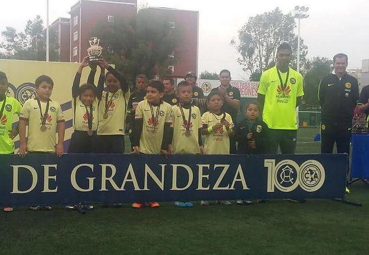 La filial del América pierde 5-2 en la final ante Ensenada, en la Copa Inter Nidos. (Ángel Mazariego/SIPSE)