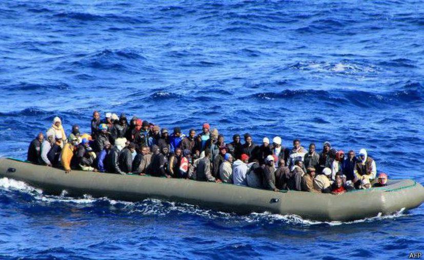 Las fuerzas de rescate libias afirmaron haber salvado a 47 personas. (Contexto)