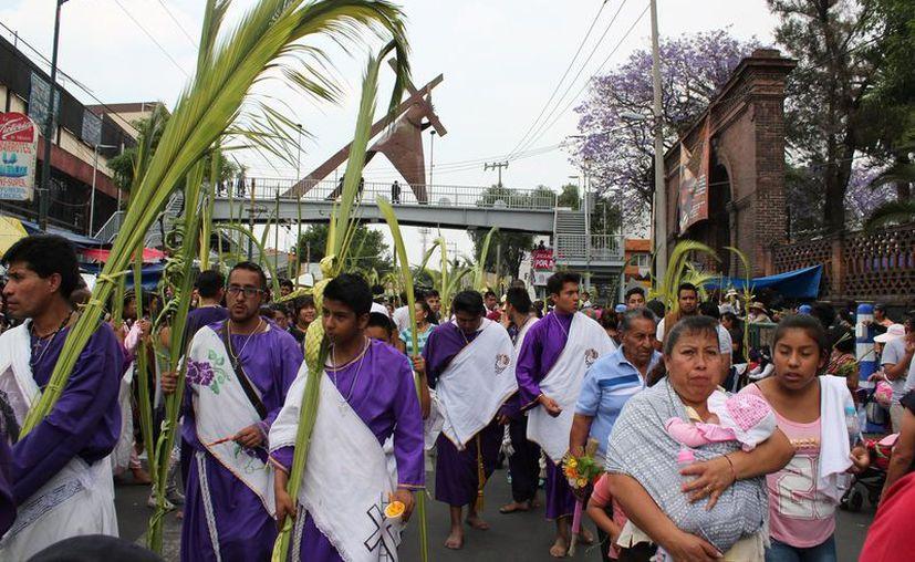 La celebración del Domingo de Ramos concluyó sin mayores contratiempos en el santuario del Señor de la Cuevita. (Foto: Twitter)