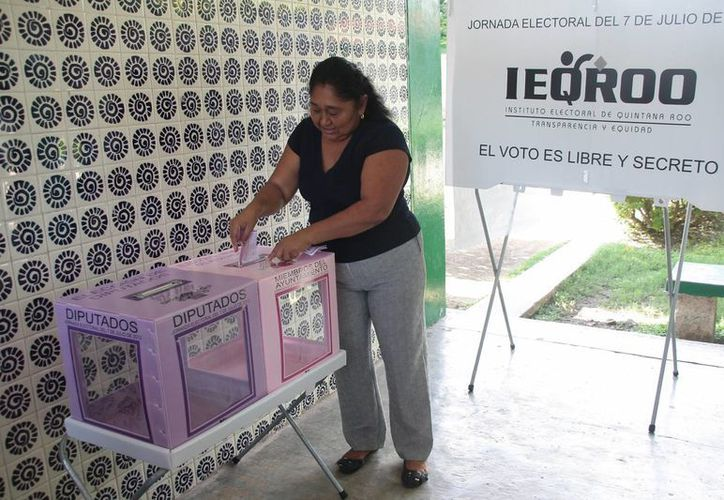 Continúa la jornada electoral con tranquilidad. (Julián Miranda/SIPSE)