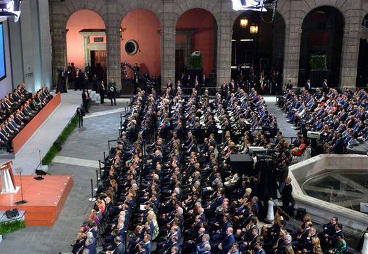 Al rendir su Segundo Informe de Gobierno, Peña Nieto destacó el alcance de la Cruzada contra el Hambre, que actualmente llega a mil 012 municipios. (Notimex)