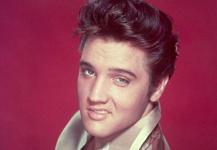 Hace 37 años Elvis Presley murió y nació la leyenda. (excelsior.com.mx)