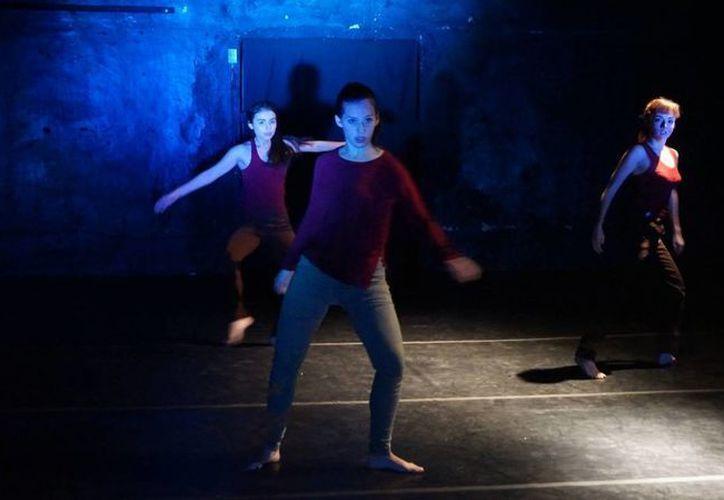 Las lesiones y los males corporales muchas veces resultan el peor 'enemigo' de los bailarines. Sobre esto reflexiona 'Desde este cuerpo'. (Imagen tomada de Cressida Danza Contemporánea)