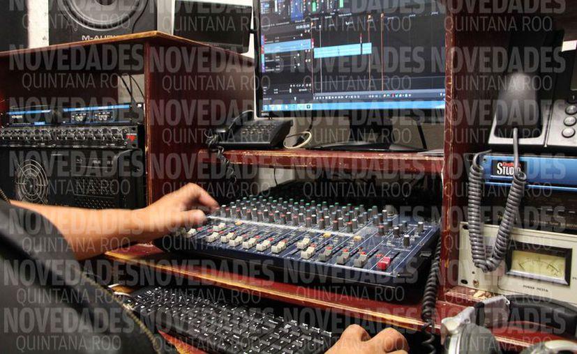 Radio Ayuntamiento necesita inversión en tecnología. (Paola Chiomante/SIPSE)