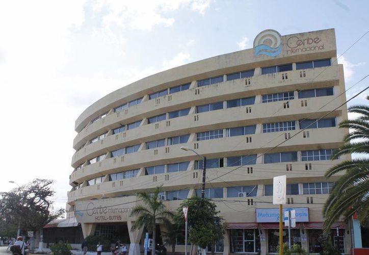 """Sustituirán televisores """"viejos"""" en los hoteles del centro de la ciudad. (Francisco Gálvez/SIPSE)"""