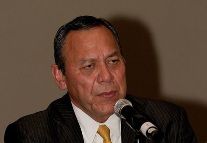 El presidente nacional del PRD, Jesús Zambrano, dijo que habrá que ver cuándo actúa el gobierno para mejorar el poder adquisitivo de los trabajadores. (Archivo/Notimex)