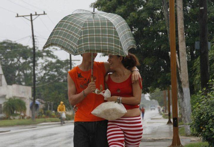 Conforme han pasado las horas, 'Danny' bajó a depresión tropical. Los meteorólogos señalan que es probable que la tormenta suponga solo un pequeño alivio para la sequía en Puerto Rico. (Archivo/EFE)