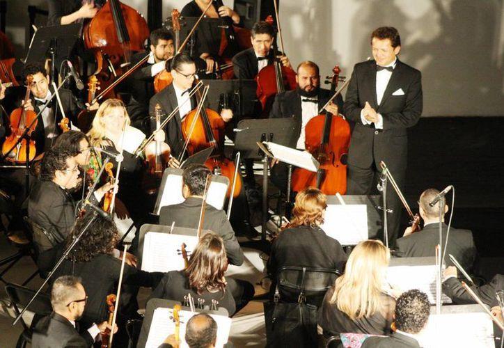La Orquesta Sinfónica de Quintana Roo podría llegar a Playa del Carmen para 'quedarse'. (Octavio Martínez/SIPSE)