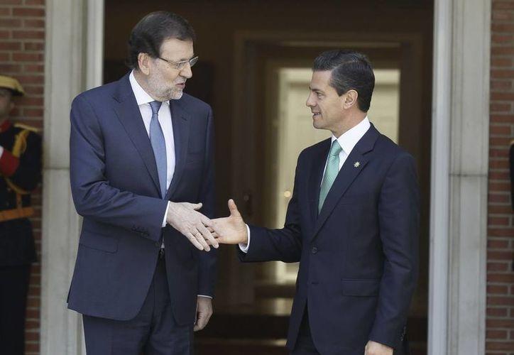 Se espera que esta tarde Enrique Peña Nieto y Mariano Rajoy, mandatarios de México y España, almuercen con sus esposas y se den a conocer los acuerdos firmados. (EFE)