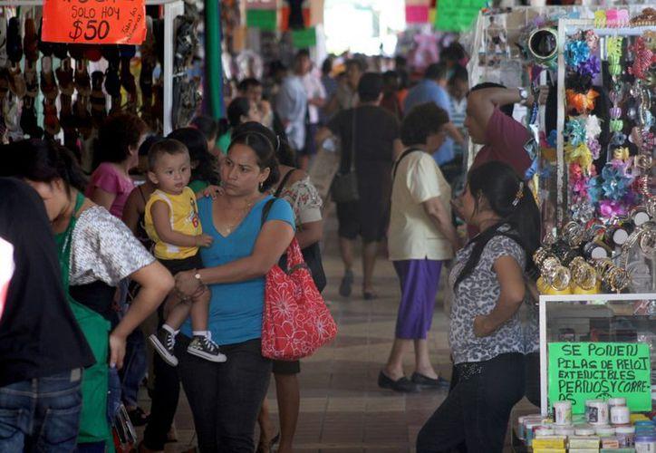 En Quintana Roo se protege a quienes son el pilar de las familias y se vela por los derechos inalienables de las mujeres quintanarroenses, porque siempre aportan lo mejor de sí al Estado. (Francisco Sansores/SIPSE)