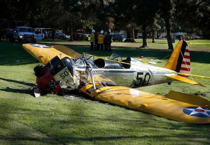 Así luce la avioneta que piloteaba Harrison Ford. (Twitter/@Mileniohey)