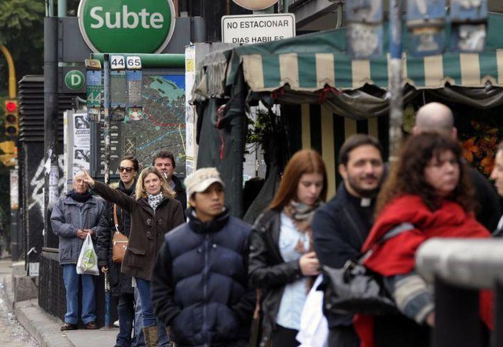 El gobierno de Buenos Aires dispuso un plan de contigencia para familias con bebés y adultos mayores. (Agencias)