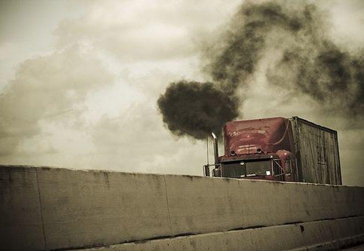 El estudio constata que la difusión de hollín de Europa y América del Norte se ha reducido por las restricciones a las emisiones. (motoresycoches.com)