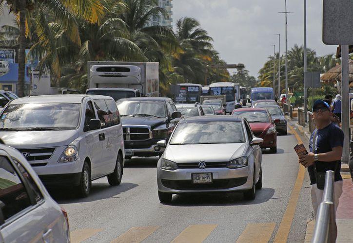 Para este período vacacional se contempla el incremento de un 13% de los vehículos. (Jesús Tijerina/ SIPSE)