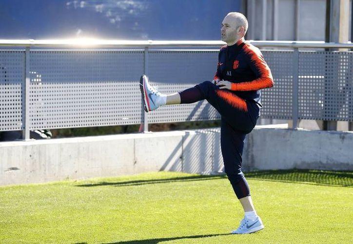Iniesta comenzó su preparación con la intención de que esté listo para enfrentar el próximo 14 de marzo al Chelsea. (Barcelona)
