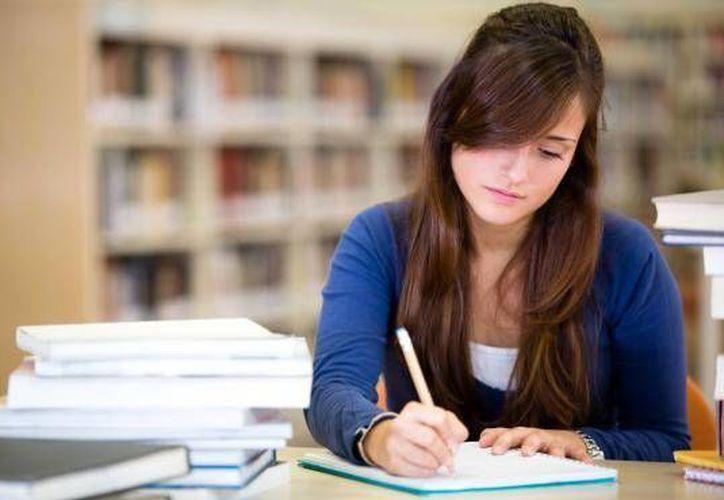 Los estudiantes suelen estar tensos en vísperas de un examen. (Contexto/Internet)