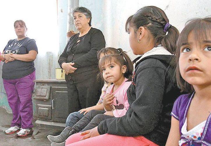Emma Veleta, jefa de la familia, ha llevado el caso a la PGR y a la CIDH. (Milenio)